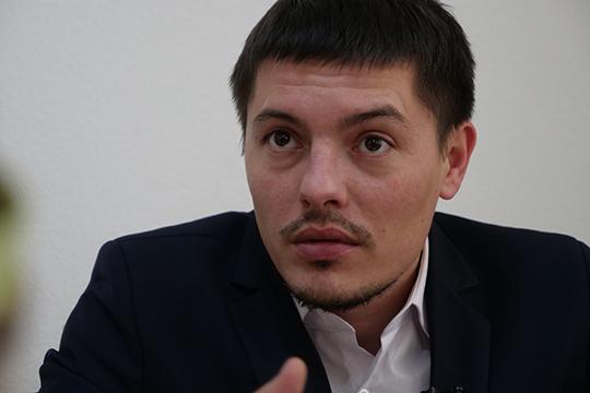 Ленар Аглиуллин:«Потому что такого рода личностей очень мало. Нетолько для района это утрата, для республики, для России вцелом, так как онзащищал интересы своих земляков вмасштабах страны»