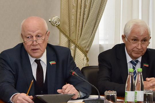 Марат Галеев (слева)