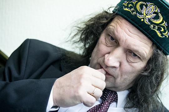 Сам Шмаков утверждает, что ввязался в дело не из-за политики