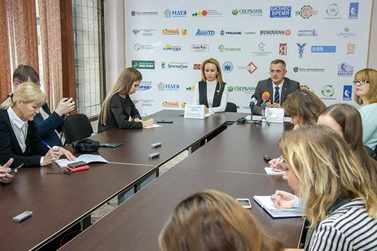 Вопрос о переходе на прямые договоры внезапно подняли наканунев исполкоме Челнов, пригласив журналистов на пресс-конференцию