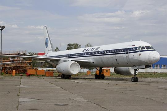 Казанский авиазавод готовит кпервому полету необычный борт— лайнер некогда обанкроченной авиакомпании «Дальавиа» сносом отТу-160 (на фото - тот самый борт 604507)