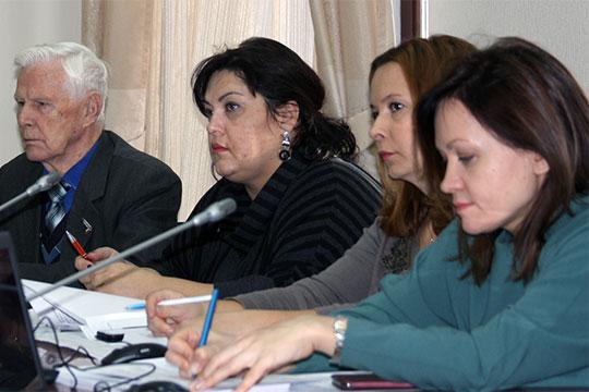 Для начала члены согласительной комиссии обсудили изменения врегиональном стандарте оплаты жилого помещения икоммунальных услуг вРТ
