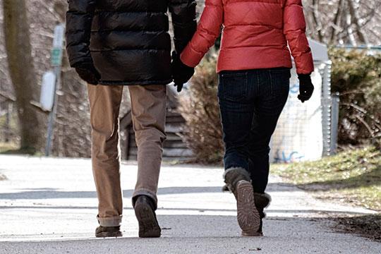 «Одеваться надо соответственно погоде, мужчинам надо стараться надевать хлопчатобумажное белье имногослойное»