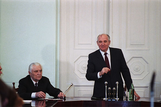 Михаил Горобачев