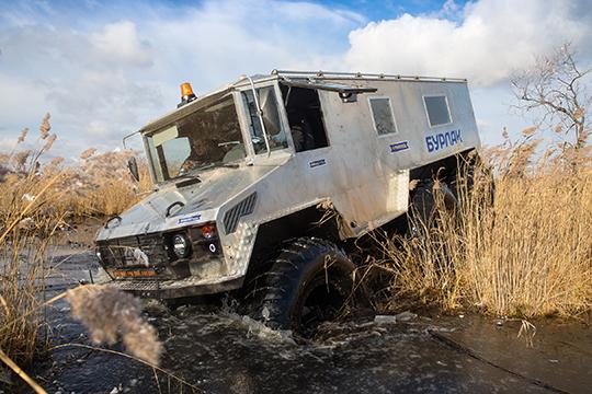 Уральская компания«Вездеходы Макарова»возмутилась, что челнинскийРИАТназвал свой новый продукт «КАМАЗ-Бурлак»