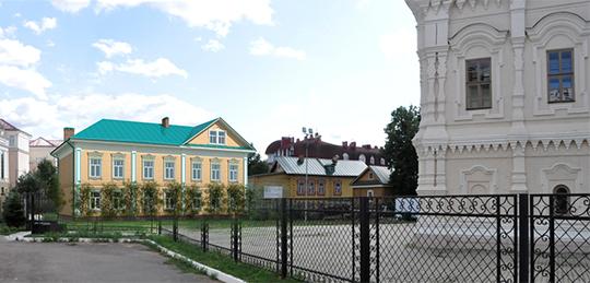 трехэтажный особняк надве квартирыпоявится вСтаро-Татарской слободе, недалеко отАпанаевской мечети