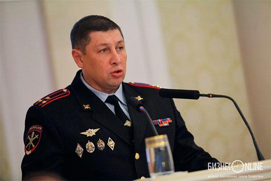 Осенью 2016 года Соколова представили в должности начальника УВД Казани. В этом кресле он сменил Валерия Красильщикова (на фото)