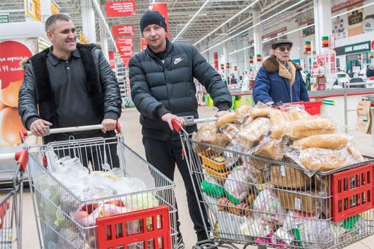 После резкого взлета ценника в декабре 2018 года до рекордных отметок, «социально значимый» хлеб «Сельский» смог откатиться назад на 5% до 27,9 рубля за буханку