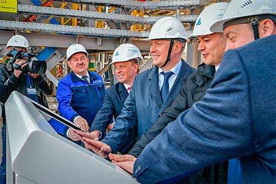 С раннего утра собрание акционеров НКНХ предварял запуск новой установки экстракции бензола на этиленовом заводе