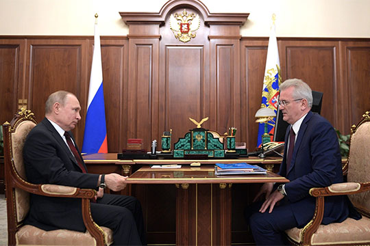 Как сообщил на этой неделе Telegram-канал «Незыгарь», в Кремле началась подготовка кадровых ротаций губернаторов. В минувший понедельник президент провел первую встречу в рамках предстоящих ротаций