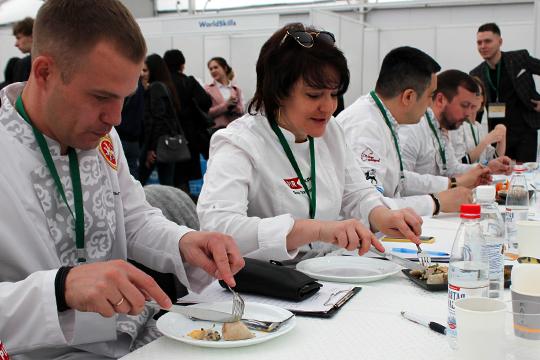 «Уровень умолодых казанских поваров очень достойный. Каждое приготовленное можно смело подавать вресторане»