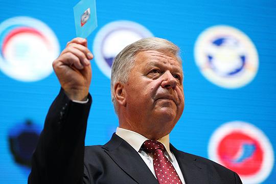 Михаил Шмаков: «Если богатые нехотят новой классовой войны, пусть платят замир»