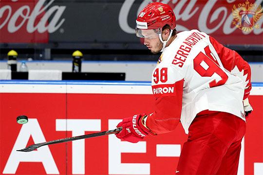 Сергачев – звезда сборной уже в 20 лет. В Нижнекамске его называли липачом, а в «Ак Барсе» не дали шанса