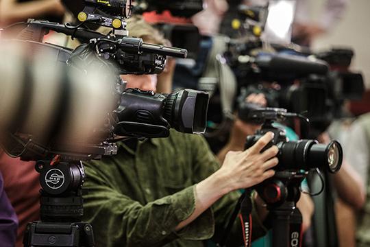 Впервые дни отключения аналогабез федерального телевидения останутся некоторые жители, преимущественно вдеревнях, которые неуспели купить цифровые приставки илиже современные телевизоры
