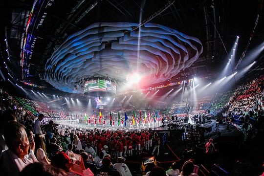 Для посещений церемонии открытия (22 августа в 18.00) и закрытия (27 августа в 18.00) чемпионата, которые пройдут на «Казань-Арене», необходимо будет уже купить билет сайте WorldSkills Kazan 2019.