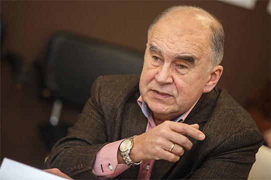 Шамиль Агеев:«Это только потому, что уАлехина семья находится вКазани, онустал туда-сюда мотаться. ВКазани онгде-то дабудет работать, кадры такого уровня без работы неостаются»