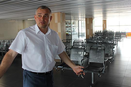 Среди новичков рейтинга — Сергей Романцов,сменивший кресло руководителя аэропорта «Бегишево» нааналогичную должность вМеждународном аэропорту «Казань»