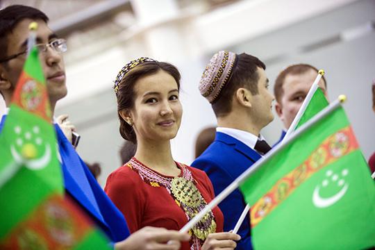 В июне национальный авиаперевозчик «Туркменские авиалинии» («Туркменховаёллары») сообщил об увеличении частоты полетов в Казань