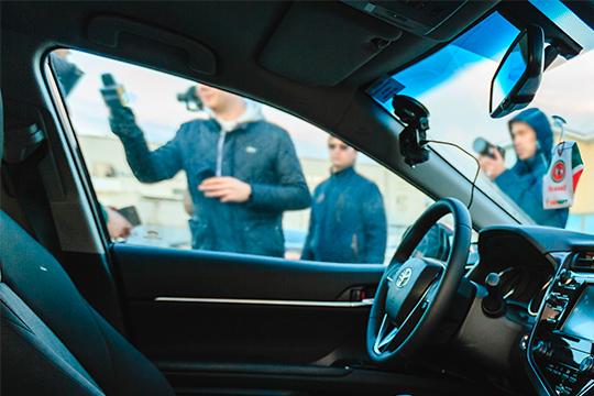 Экс-чемпион сегмента бизнес-седанов Camry (от1,57 млн) слетел на63 пункта до309 регистраций