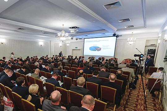 На совещанииПриволжского управления Ростехнадзораразговор зашел обобеспечении безопасности объектов нефтегазового комплекса