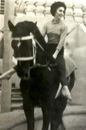 Впервые на коне. Казань, 1971 год