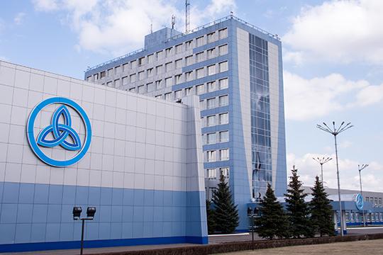 Одновременно со сделкой с «Оргсинтезом» ТФБ выдал два кредита на 1,8 млрд и 2,2 млрд рублей НКНХ