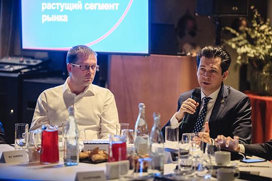 Вчера весь день Ozon, Wildberries и «Яндекс.Маркет» вместе с республиканскими чиновниками в Казани презентовали свои планы на татарстанский рынок