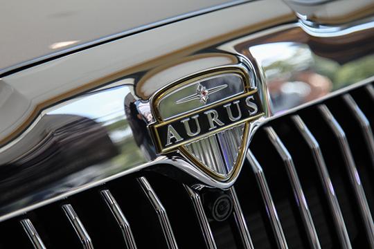 «Седан Aurus Senat — 18 миллионов, — сообщил Ширинов. — Стоимость Aurus Komendant будет известна чуть позже»