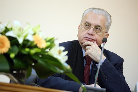 «Тут, я думаю, мы в любимчиках у господина Пиотровского (на фото) — директора Эрмитажа»