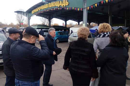 Традиционная «образовательная» республиканская ярмарка сельскохозяйственной продукции и изделий народно-художественных промыслов проходит сегодня в агропромышленном парке «Казань»