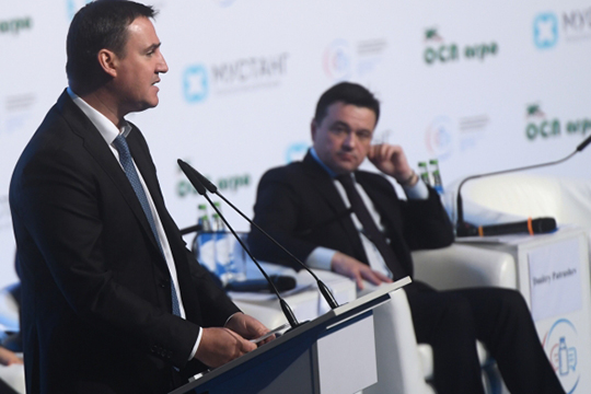 Как заверил вчера министр сельского хозяйства РФ Дмитрий Патрушев, за последние 6 лет зависимость России от внешних поставок молока уменьшилась на 30%; только в прошлом году импорт сократился на 7,2%, до 6,5 млн т.