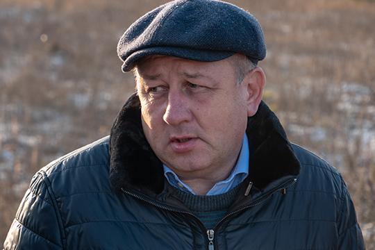 На встречу приехал и заместитель главы администрации Московского и Кировского районов Казани Александр Батманов