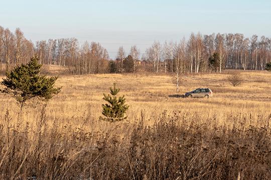 Жители «Салават Купере» пристрастились объезжать через этот обходной путь громадные пробки навыезде кГорьковскому шоссе, который забит под завязку также как ивыезд наТэцовскую