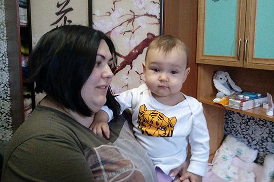Богдана Голова — папина дочка, у ее мамы в этом нет никаких сомнений.Она упорно хочет жить и всеми силами цепляется за эту возможность