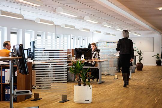«В офисной части не будет единых планировок: для каждой компании будет найден самый удобный вариант — от классической кабинетной системы до опенспейсов»