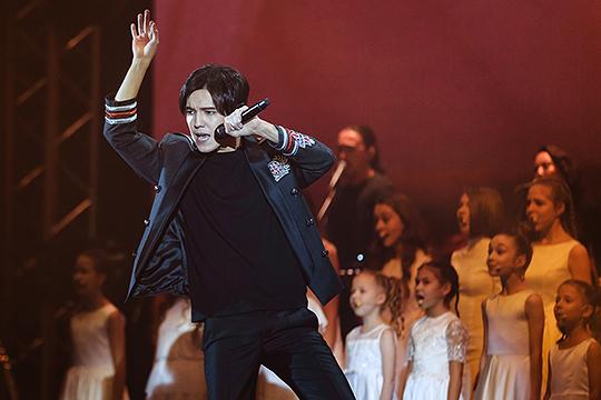 «Золотой голос СНГ» подключал в свою программу своих фанатов, просил участвовать их в распевке