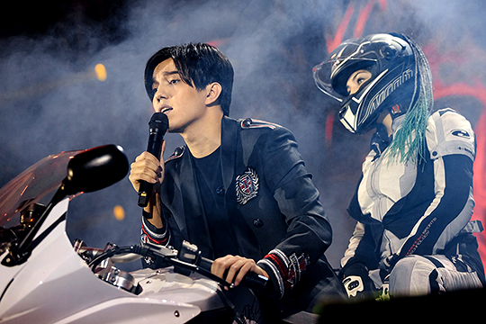 «Он будет популярнее Майкла Джексона»: в Казани дал концерт Димаш Кудайберген