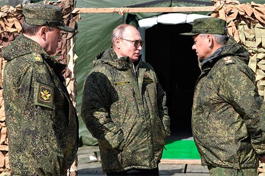 Наднях министр обороны РФСергей Шойгу сообщил, что навоенном параде, который пройдет 9мая вМоскве будут впервые представлены 24 новейших образца боевой техники