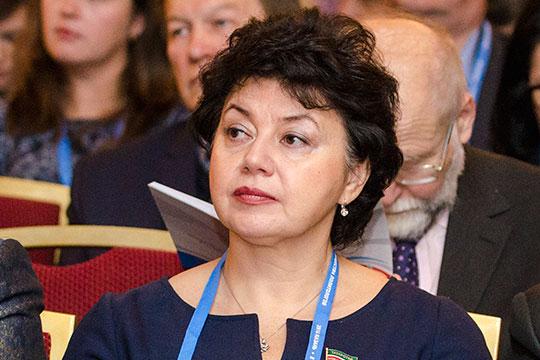 Лилия Мавринас2009 года — депутат Госсовета РТдвух созывов, секретарь Госсовета РТ