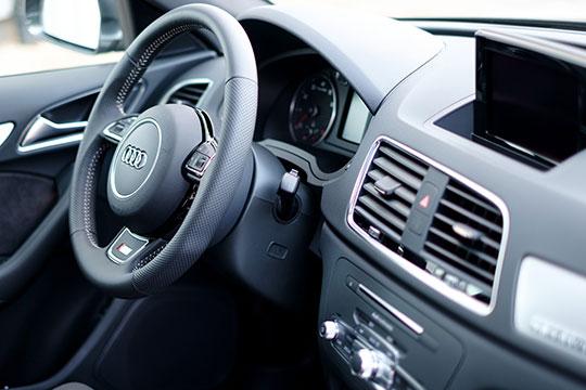 В целом по РФ бизнес у дилеров «четырехкольцевых» идет не шатко не валко: российские продажи Audi просели на 9% до 11,45 тыс. авто, сопоставимо с татарстанскими.