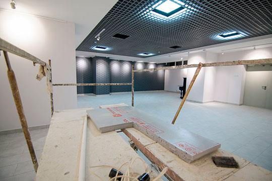 «Ссамого начала былорешенопроизводить ремонтные работы постепенно, чтобы жители все-таки имели возможность посещать галерею»
