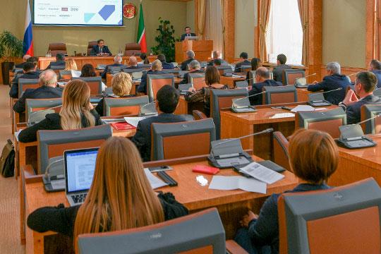 Накануне под вечер упремьер-министраАлексея Песошинасостоялось очередное заседание комиссии порассмотрению заявок отпотенциальных обитателей челнинского «налогового рая»