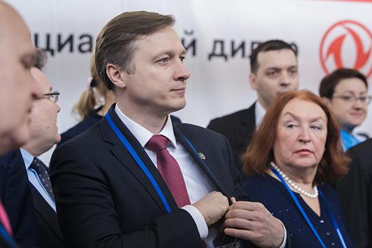 ПословамАльберта Каримова,компании базовых отраслей РТ как минимум втри раза отстают отглобальных лидеров вфинансировании научно-исследовательских иопытно-конструкторских работ