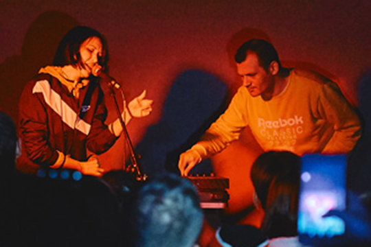 «Музыка» вместо «судебного рэпа»: дуэт «Аигел» собрал вКазани 50 зрителей