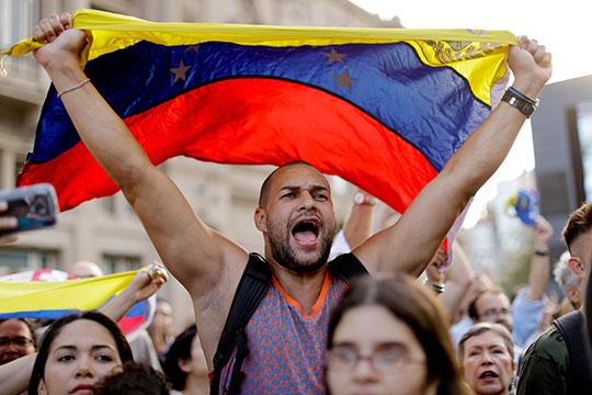 «Сегодня Венесуэла — классическое failed state. То, что там нет туалетной бумаги — полбеды. Вода и электричество — по 2 часа в день, лекарств нет, сколько-нибудь сложной медпомощи нет»