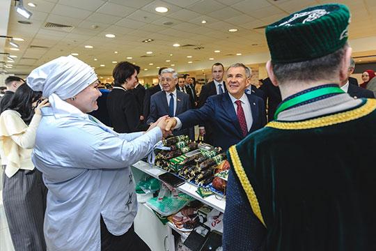 Сегодня в Казани завершился VIII всероссийский сход предпринимателей татарских сел