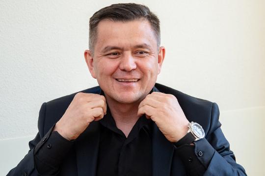 В июне 2018 года недостроенную гостиницу вместе с участком владельцы «Казанского» продали компании «Даймонд» из Нижнекамска ресторатору Алмаза Хуснуллина за 175 млн рублей