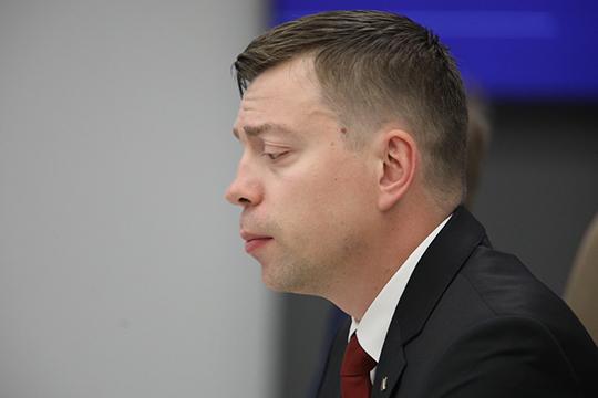 Дмитрий Петровичев добавил, что 171 статья онезаконном предпринимательстве подлежит декриминализации иеевполне можно перенести вадминистративный состав