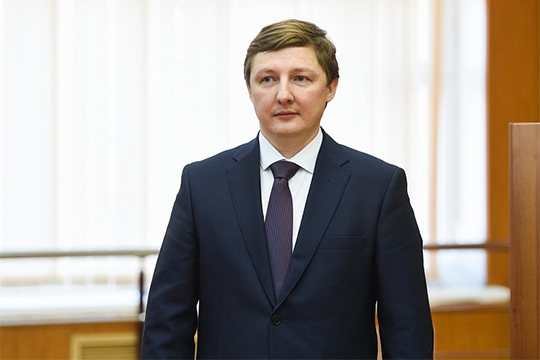 Дмитрий Земский: «Мы как были основополагающим вузом наших предприятий, так и остаемся»