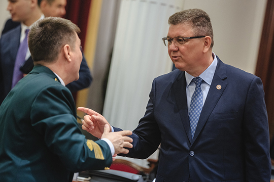 Алмаз Ахметшинподчеркнул, что настроен наподдержку предпринимательства врайоне инивчем «бунтовщиков» необвиняет